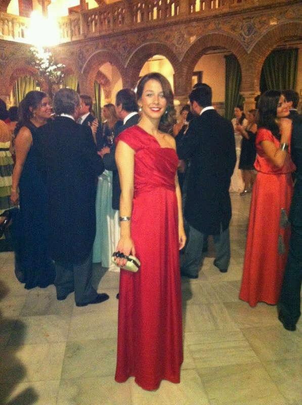 Vestido invitada boda rojo largo